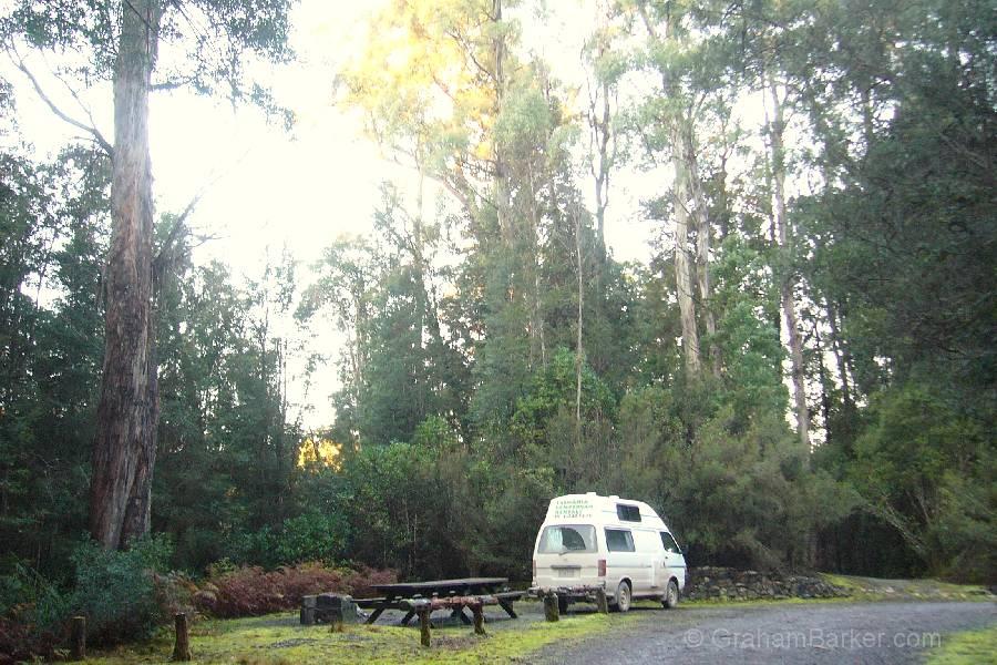 Lake Pedder campgrounds